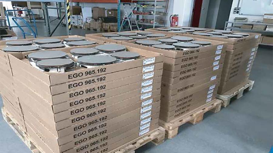 Bếp từ Spelier sử dụng linh kiện EGO